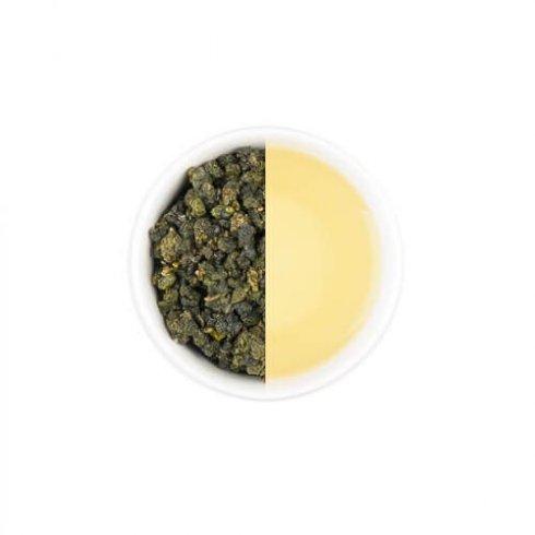 Biologische jin xuan oolong thee uit Taiwan in een wit theekopje.