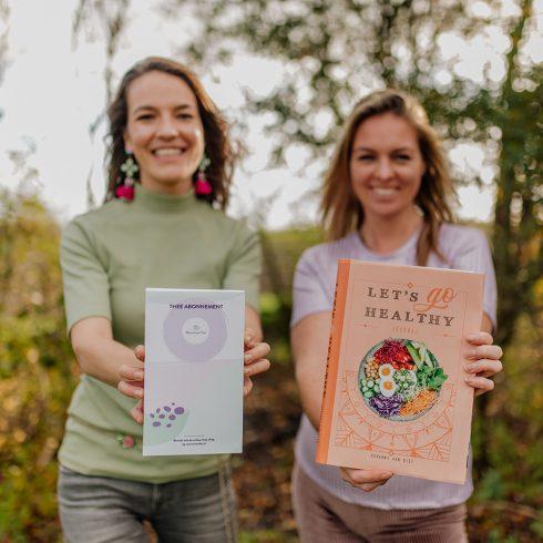 Cadeau van MEVROUW CHA: let's go healthy boek